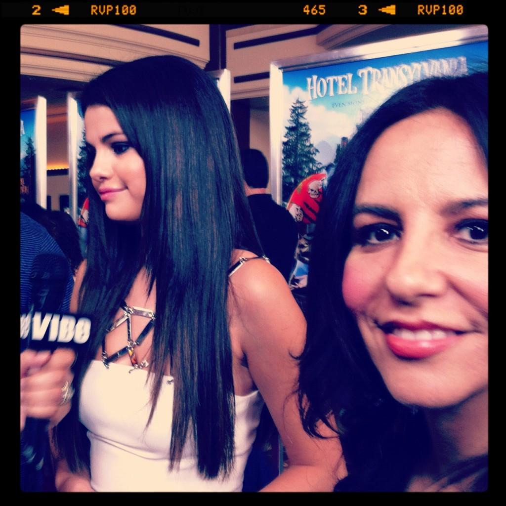 """Selena Gomez bella y talentosa.. Mavis en """"Hotel Transylvania""""."""