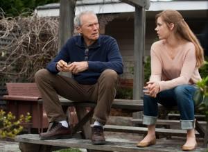 """""""Trouble With The Curve"""" Clint Eastwood y Amy Adams Cortesía Warner Bros."""