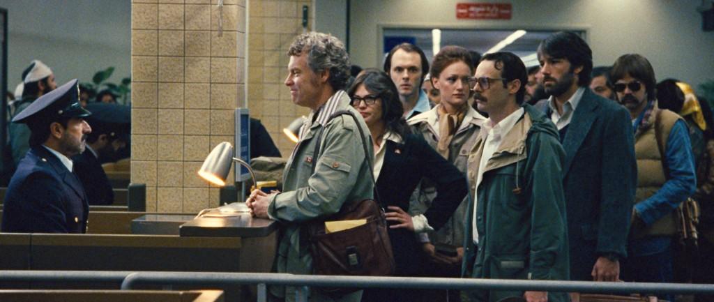 (L-r) TATE DONOVAN as Bob Anders, CLEA DuVALL as Cora Lijek, CHRISTOPHER DENHAM as Mark Lijek, KERRY BISHÉ as Kathy Stafford, SCOOT McNAIR