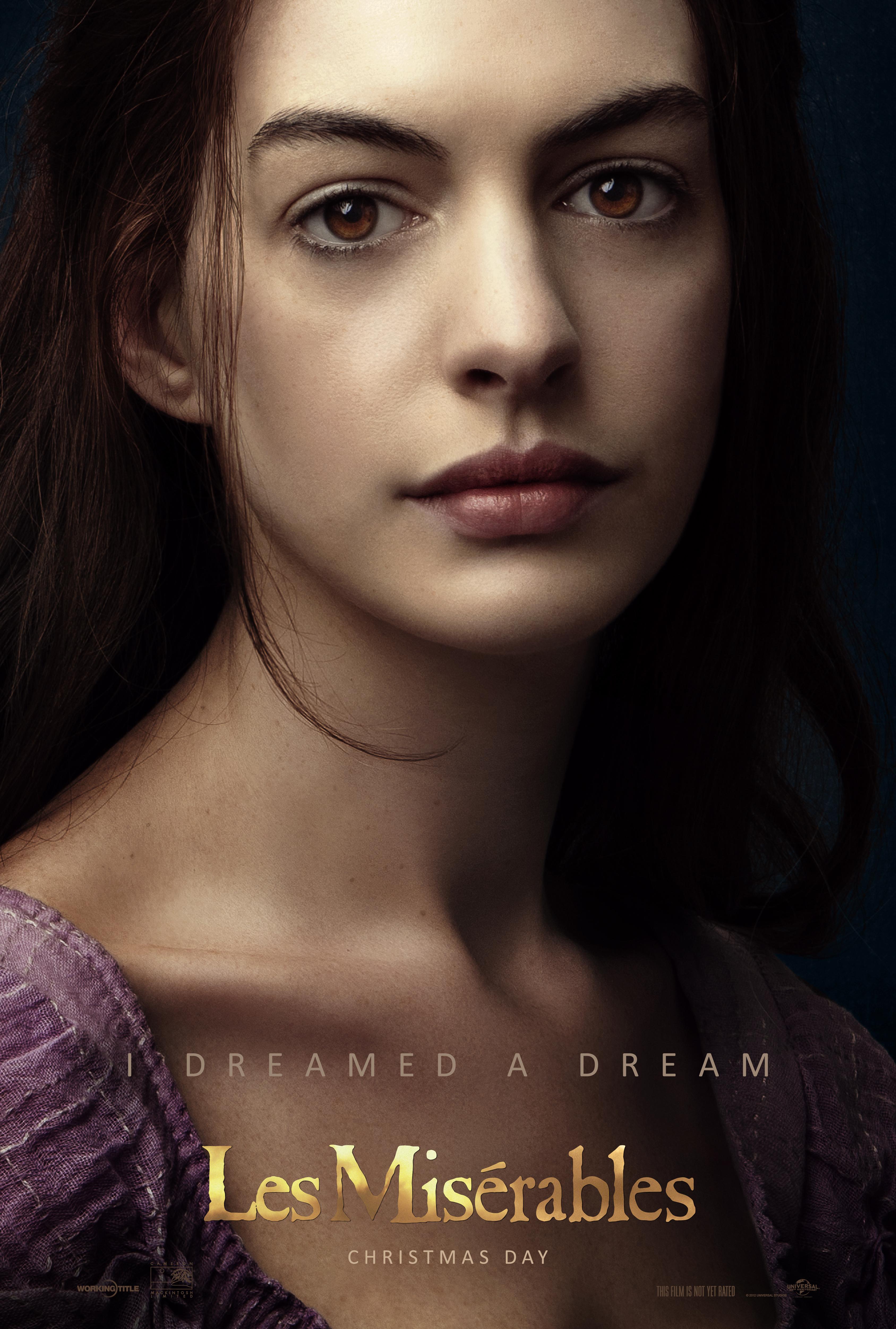 """Hugh Jackman, Anne Hathaway, Russell Crowe y Amanda Seyfried cantan en vivo en la cinta """"Les Misérables""""."""
