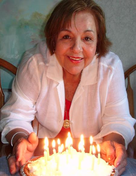 Cumpleaños de mi mamá, de Mickey y Minnie Mouse.