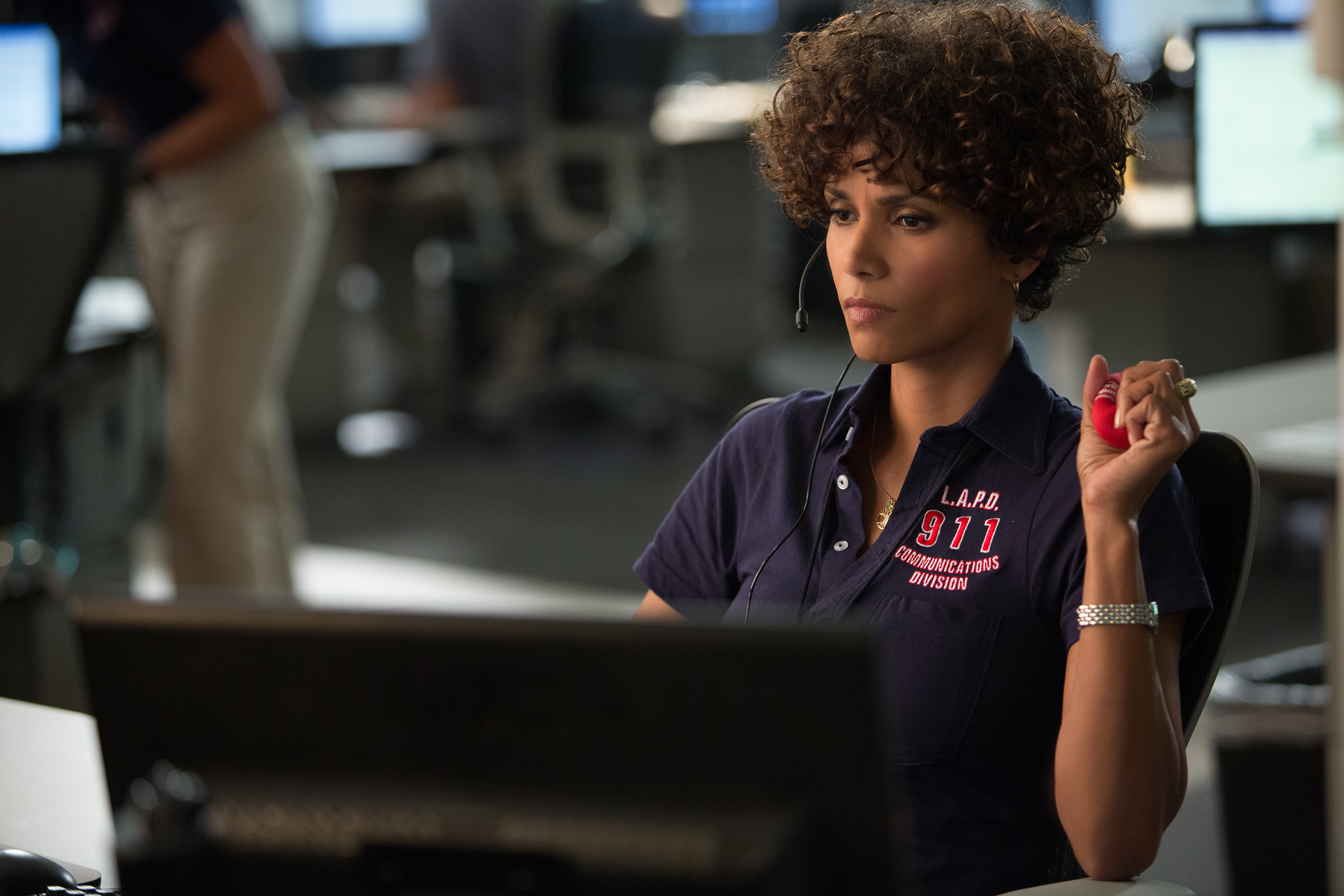 "Halle Berry recibe una llamada de emergencia. ""The Call"""