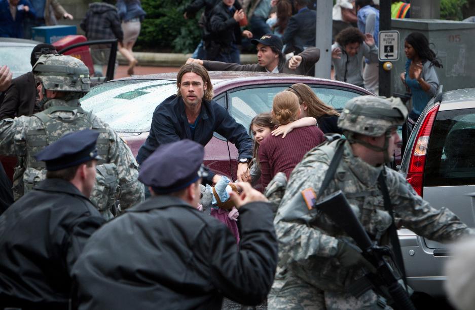 Reseña World War Z:  Brad Pitt, Zombies y Acción…¿ Quiéres más ?