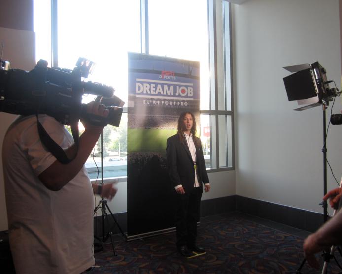"""ESPN Deportes """"Dream Job: El Reportero"""" inicia búsqueda de talento en todo el país."""