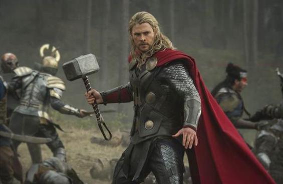 """Reseña """"Thor: The Dark World"""":  Gran elenco, entretenida y con un toque justo de comicidad."""