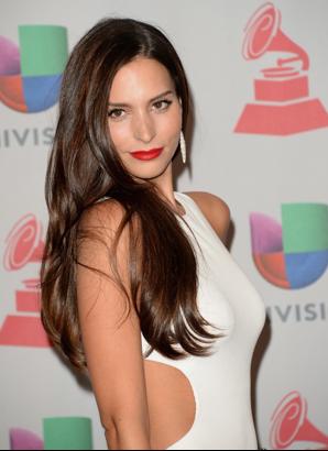 G 233 Nesis Rodr 237 Guez De Las Mejor Vestidas En Los Latin Grammy Pronto En Los Cines Su Pel 237 Cula