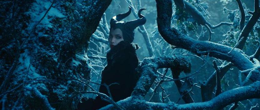 """Impactante el nuevo trailer de """"Maléfica"""".  Angelina Jolie y Lana del Rey, tenebrosa pero brillante combinación."""
