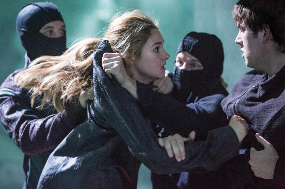 El nuevo trailer de #Divergent.