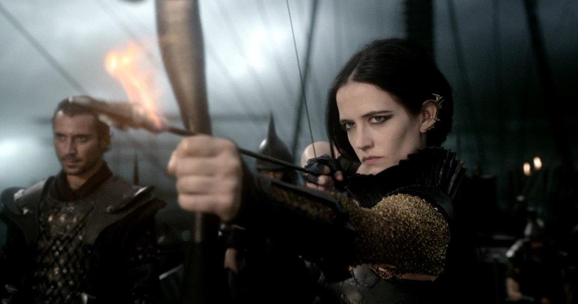 """Eva Green y Lena Heady las valientes y bellas vengadoras de """"300: Rise of an Empire""""."""