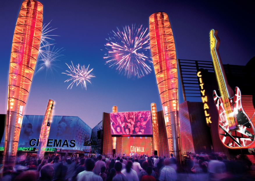 Diversión y entretenimiento en Universal CityWalk este verano.