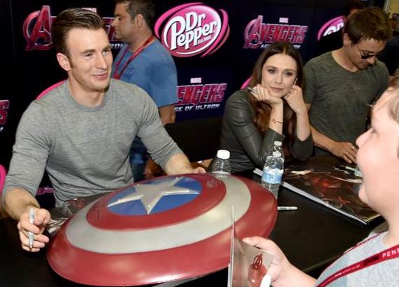 Breves de Comic-Con: el elenco de Marvel's Ant-Man y Avengers: Age of Ultron.
