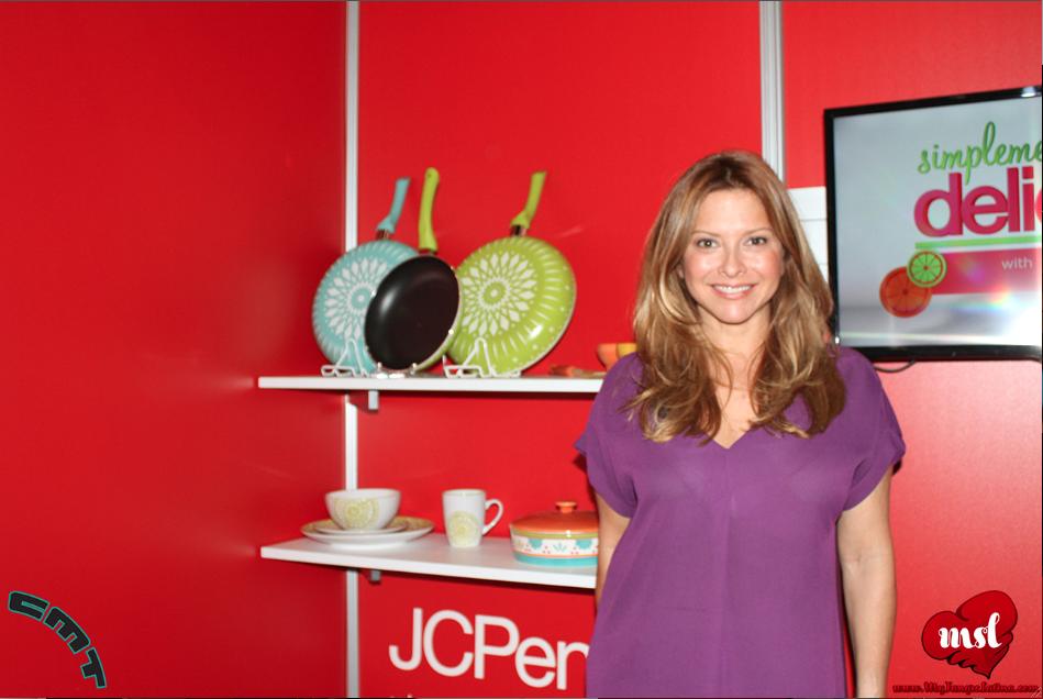"""Ingrid Hoffman presenta su nueva línea de cocina """"Simplemente Delicioso"""" #JCPenney."""
