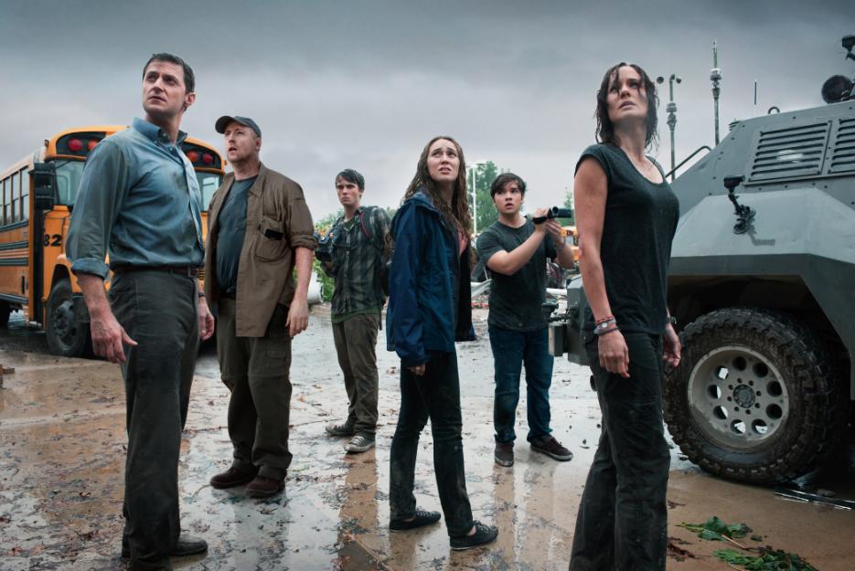 """El elenco juvenil de """"En el Ojo de la Tormenta"""" #IntoTheStorm."""