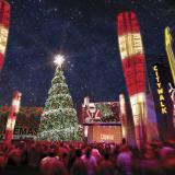 Esta noche llega la Navidad a Universal CityWalk en Hollywood.