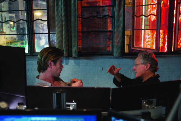 "Michael Mann nos presenta a un hacker sexy, Chris Hemsworth, en ""Blackhat""."