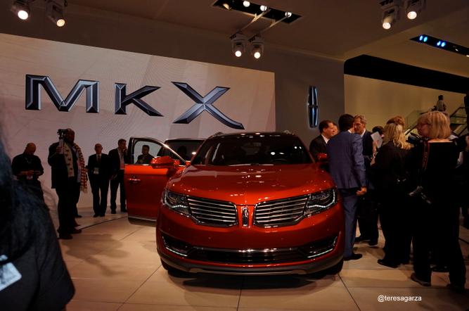 #FordNAIAS 2015: La presentación del Lincoln MKX una experiencia de lujo.