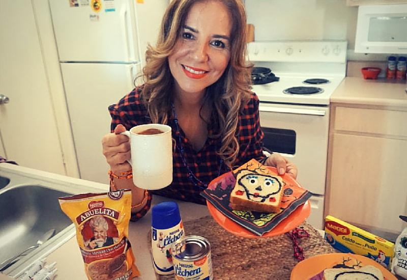 Como preparar sandwiches con cara de calavera. #CelebrateLosMuertos