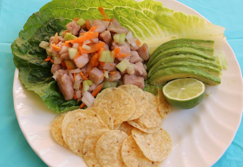 Receta de Ceviche de atún fresco con vegetales y Clamato.