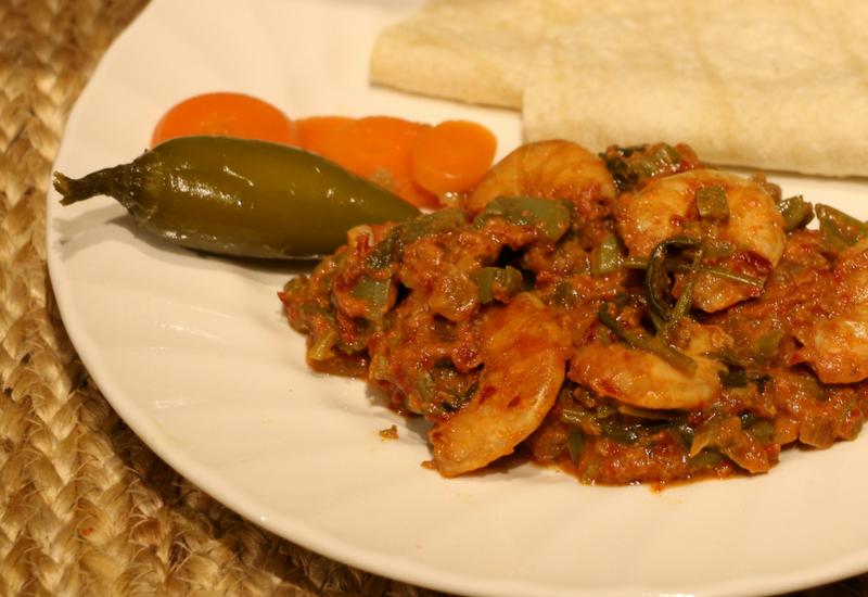 Receta Nopalitos con camarón seco, chile ancho y jalapeño al estilo Doña Angelina.